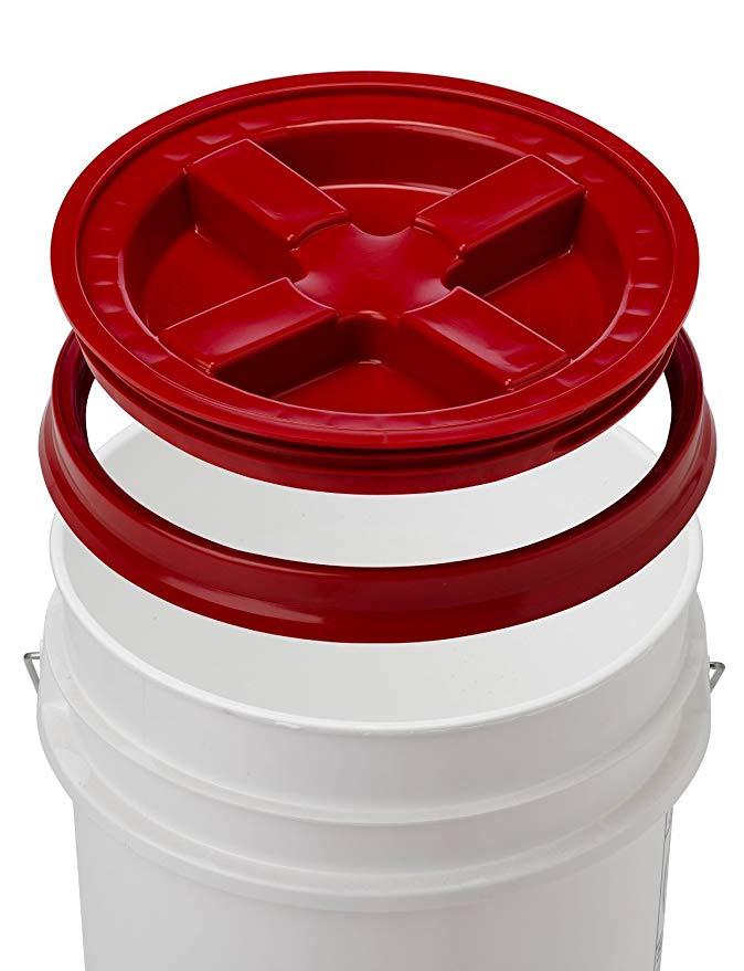 Amazon Com 5 Gallon White Bucket Gamma Seal Lid Food Grade Plastic Pail Gamma2 Screw Seal Tight Lid Red In 2020 Food Grade Buckets Plastic Pail Food Storage