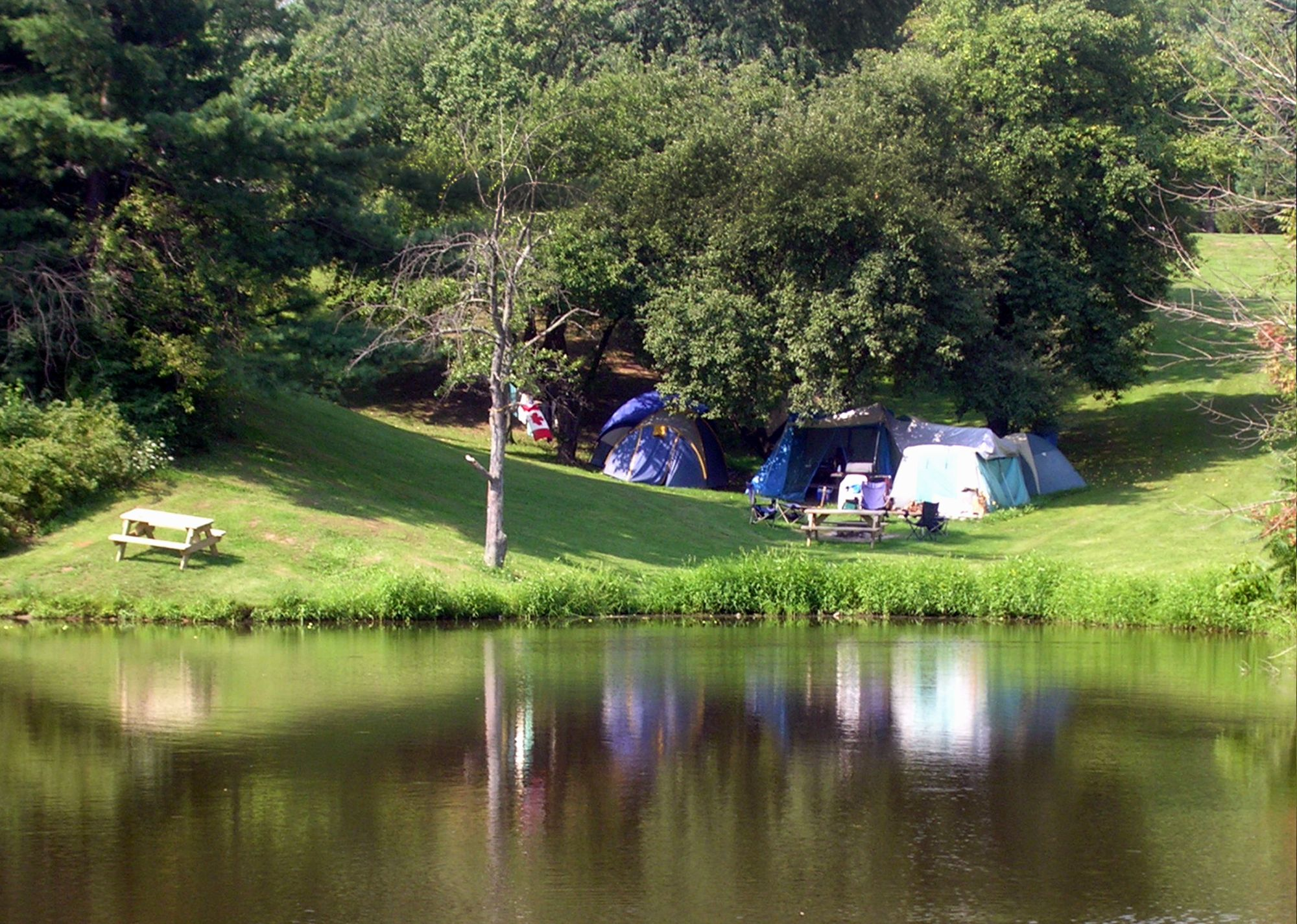 Bissell's Hideaway Resort - Camping  CANADA  (St  Catharines