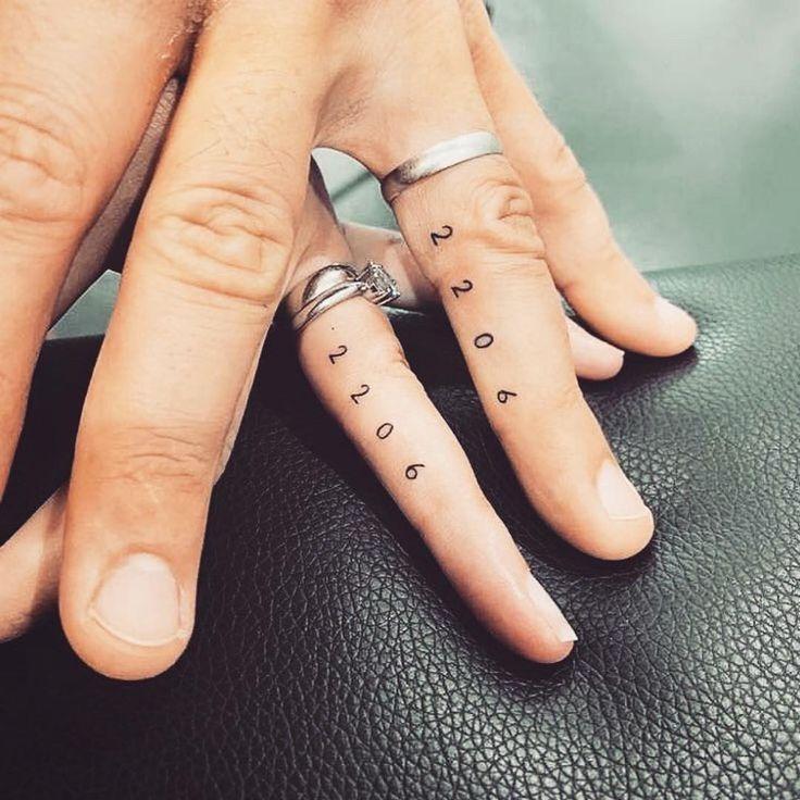 Tatuarse junto a un enamorado es un acto de amor que va a compañar a la pareja ...-#diseosparatatuajes #tattoo #tatuaje #tatuajes #tatuajesacuarela #tatuajesalas #tatuajesamigas #tatuajesanimales #tatuajesantebrazo #tatuajesblancos #tatuajesbrazo #tatuajesbrujula #tatuajesbts #tatuajescalaveras #tatuajeschicos #tatuajeschiquitos #tatuajescorazon #tatuajescostillas #tatuajescruz #tatuajesdecoronas #tatuajesdegatos #tatuajesdeharrypotter #tatuajesdehermanos #tatuajesdelobos #tatuajesdeparejas #ta