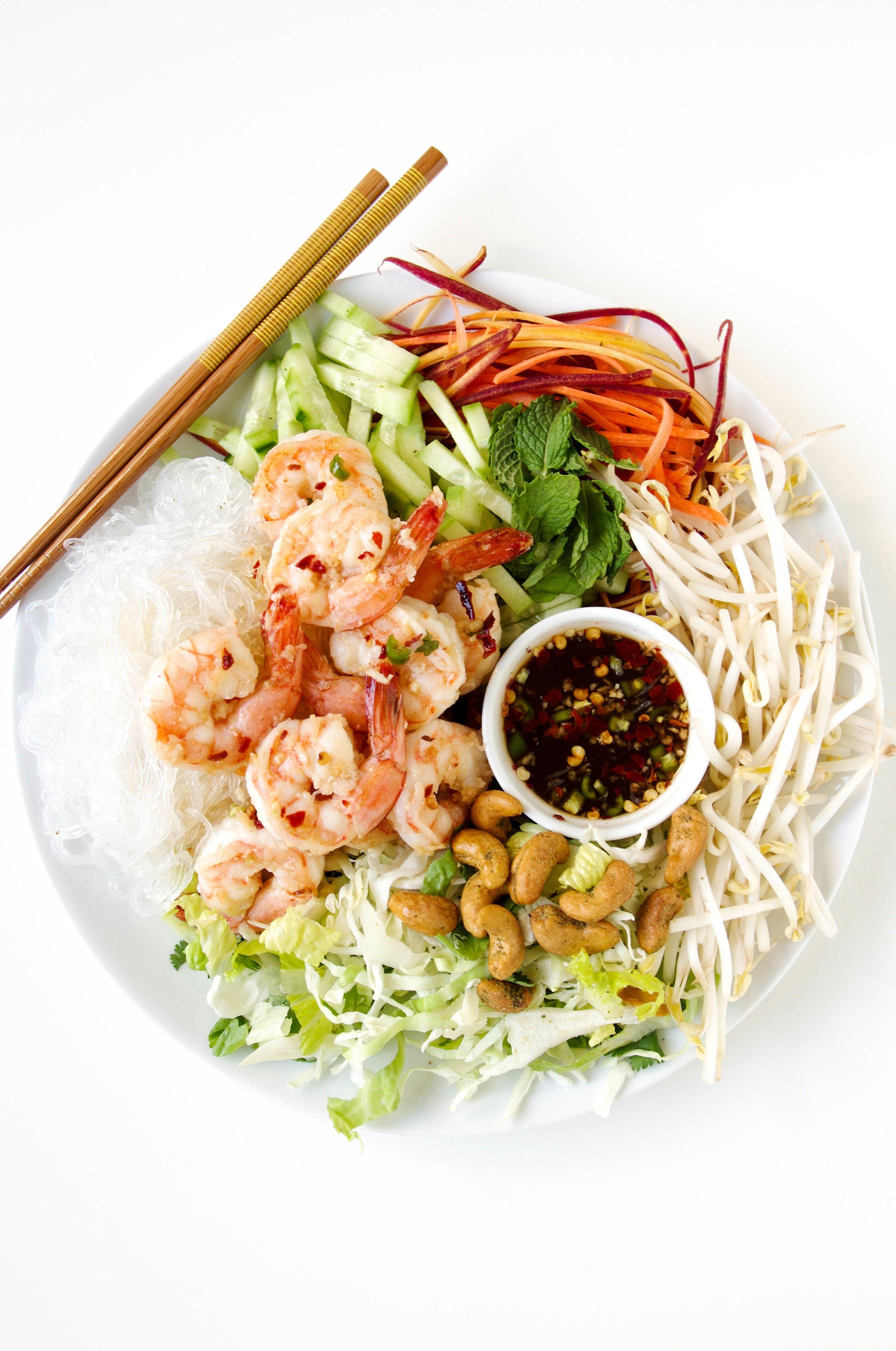 Cold Vietnamese Garlic Prawn Noodle Salad   Perfect for hot summer nights