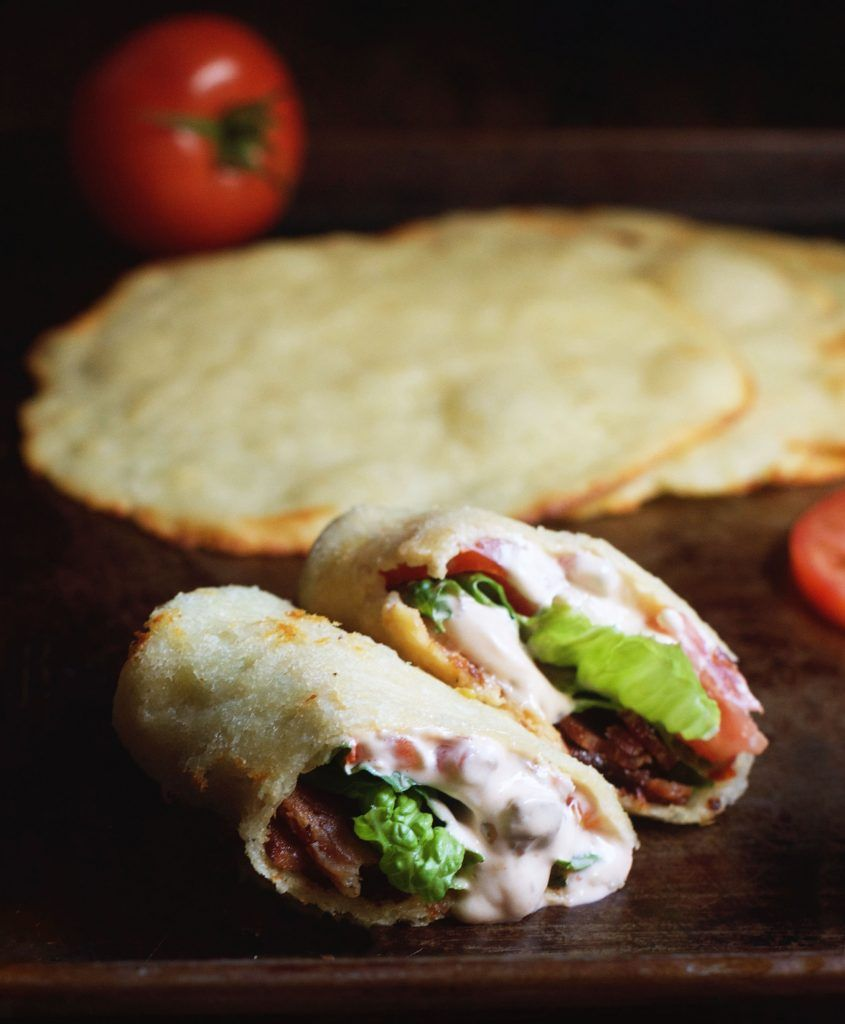 Low-Carb BLT Wraps with Chipotle Mayo
