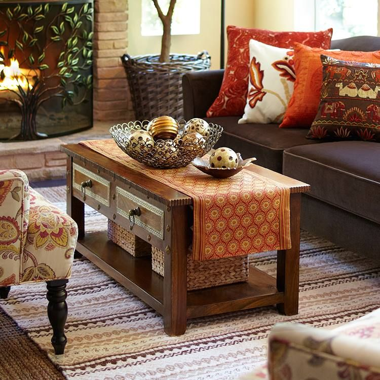 I like this casual look from pier1 maybe a little more for Cosas de casa deco