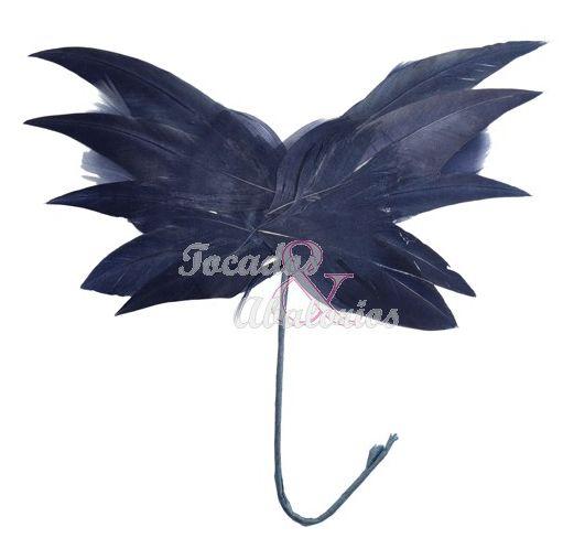 decora tu tocado con estas originales mariposas de plumas las hay en multitud de