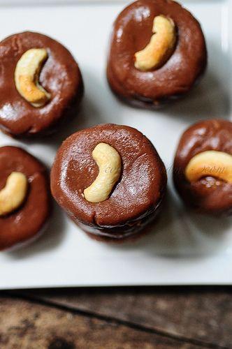 Chocolate Peda With Condensed Milk Chocolate Peda Recipe Edible Garden Recipe Dessert Recipes For Kids Diwali Sweets Recipe Sweets Recipes