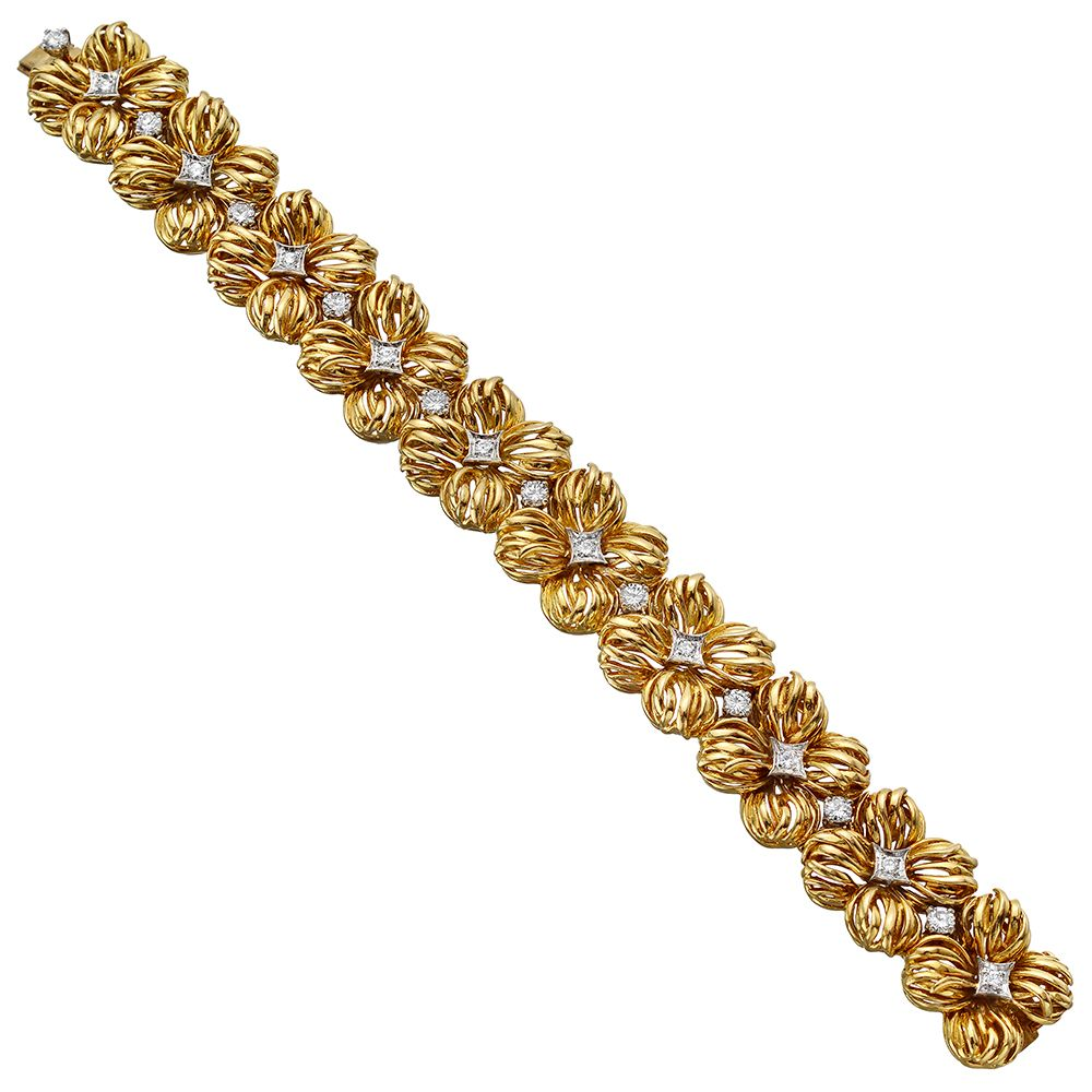 Estate van cleef u arpels k gold u diamond flower link bracelet