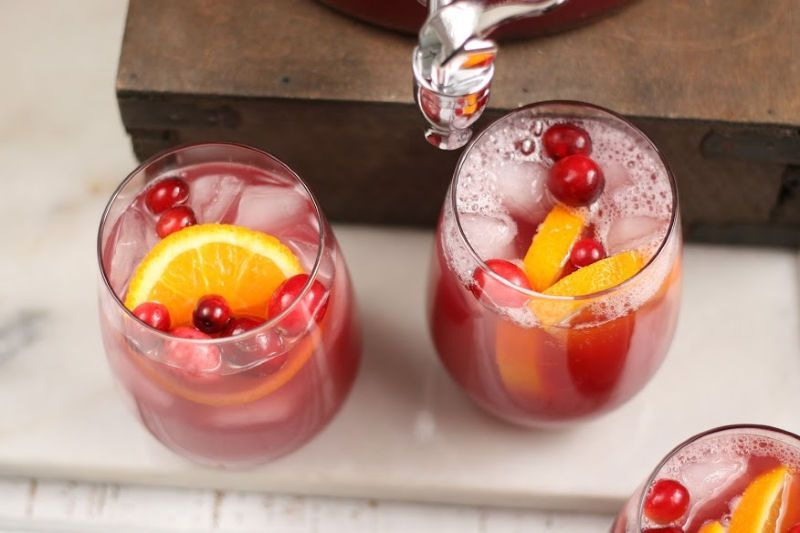 Christmas Holiday Punch #frozenlemonade Christmas Holiday Punch #frozenlemonade