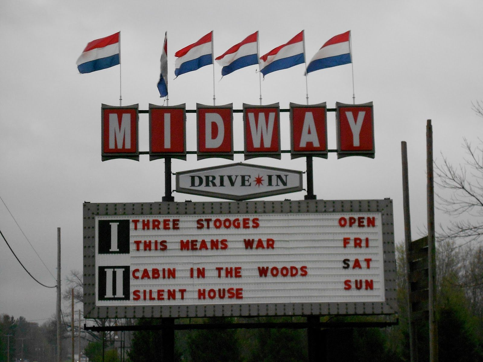 I drivein theaters midway twin drivein theatre with