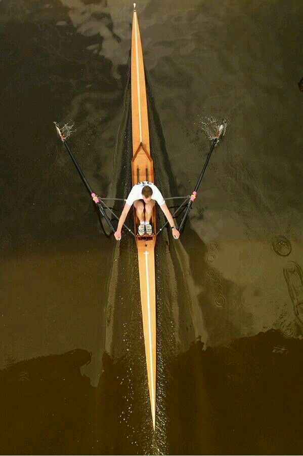 Perfection. A photo of Rogier Blink rowing   Remos-canoas-kayak ...