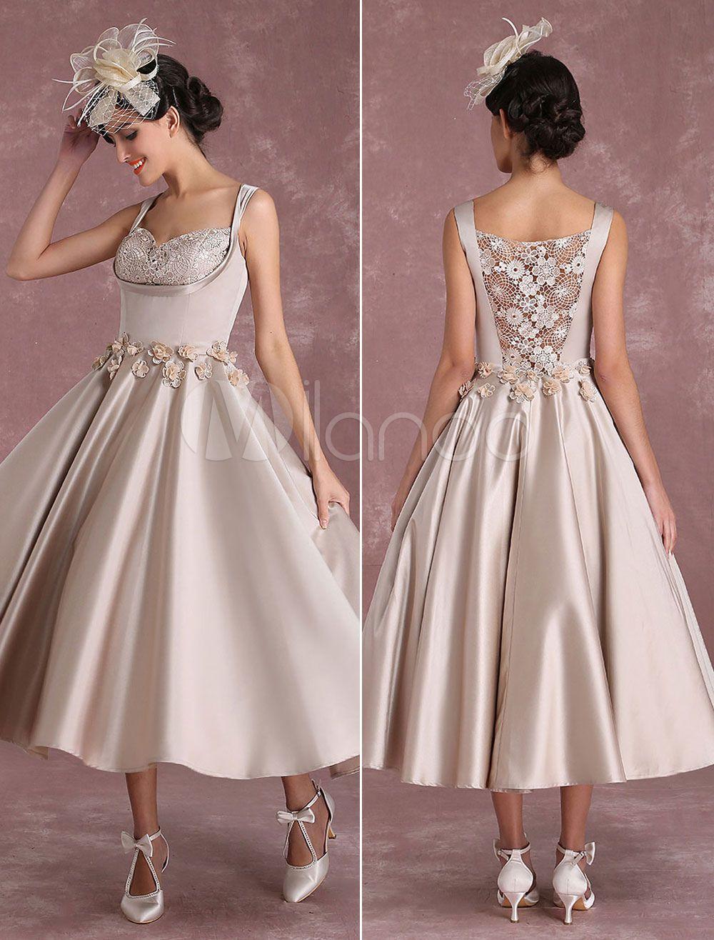 Vintage Brautkleid Prinzessin wadenlang Satingewebe mit eingebautem ...