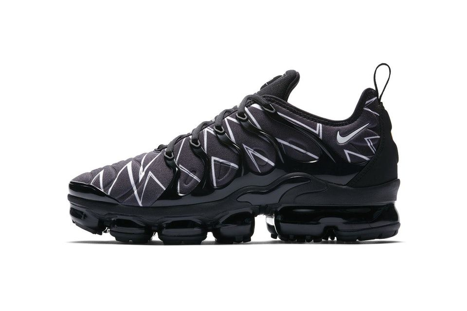438fd5a78dae0 Official Images of Nike s Air VaporMax Plus HL