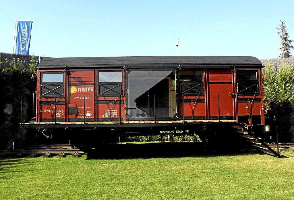 Casa Vagón Spanish Train Wagon House Tiny House Rentals Train Portable House