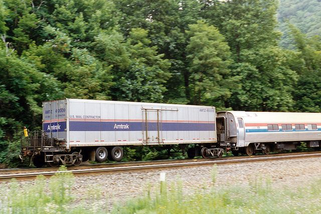 Amtrak Roadrailer Amtz 40009 Heading Eastbound On Horseshoe Curve Pa On Rear End Of Three Rivers In Aug 1997