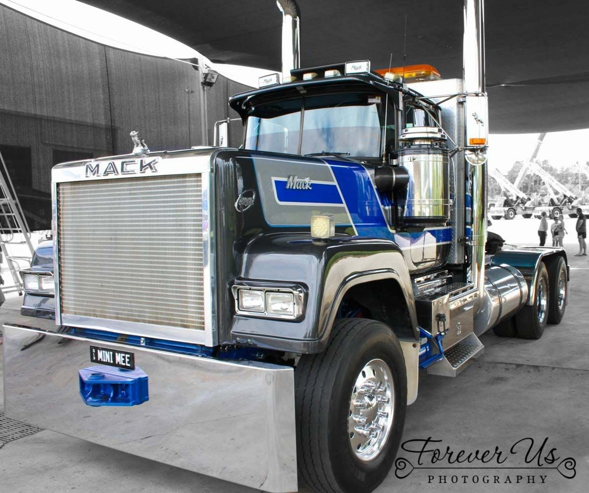 Mack Truck Rod Before And After: Pin By Shannon Chilson On King Of The Road