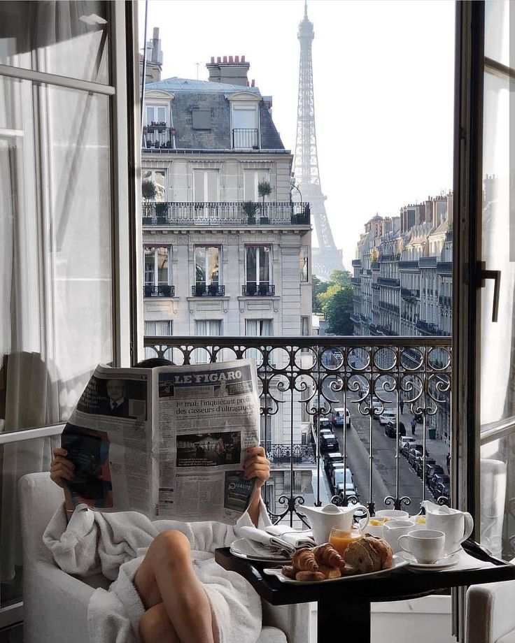 "@street_style_paris on Instagram: ""Good morning �@emlee7"""