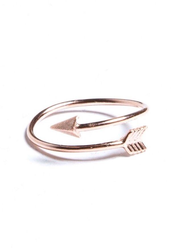 Arrow ring a0 Pinterest Arrow Ring and Jewel