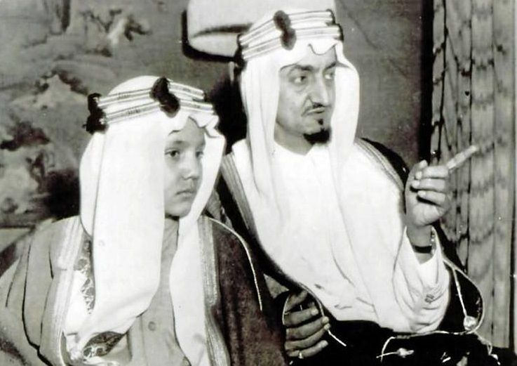 King Faisal Bin Abdulaziz Al Saud R A And His Son Prince Saud Al Faisal King Faisal Arab Celebrities History