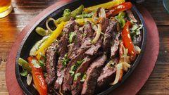 Sizzling Steak Fajitas #steakfajitarecipe