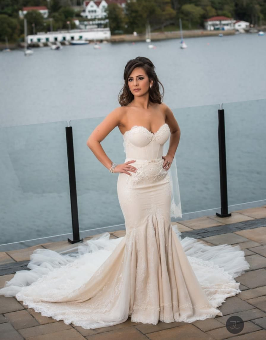 real bride Simone in mermaid gown by Inbal Dror | #RealBrides ...