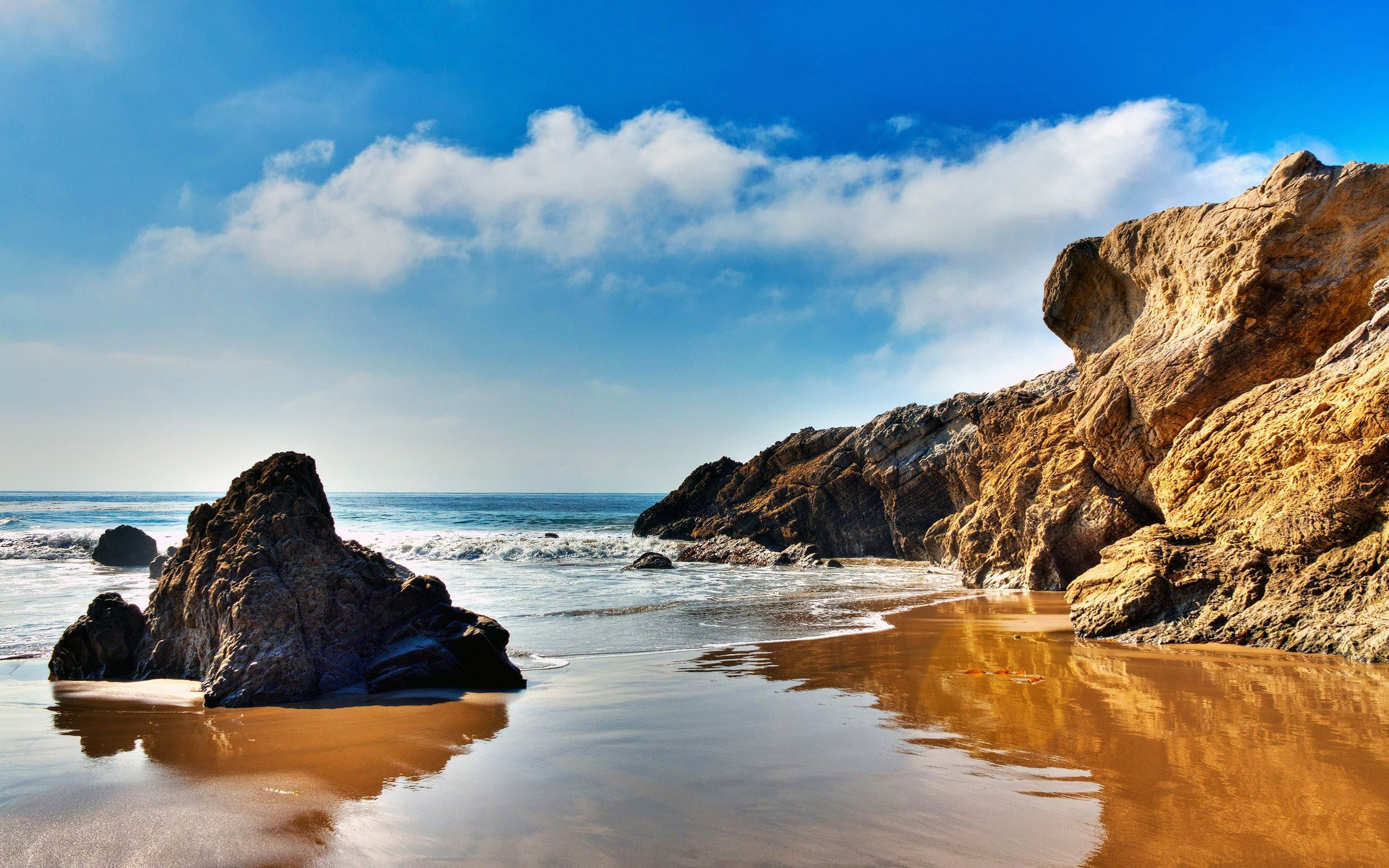 The Wallpaper Of Beach At The Pacific Ocean In Malibu California Malibu California Beach Beach Wallpaper Malibu Beaches