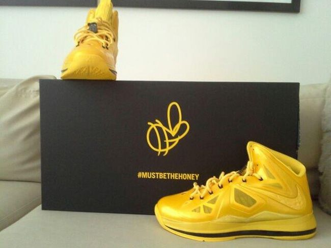 eabe919c9e7 nike lebron 10 must be the honey
