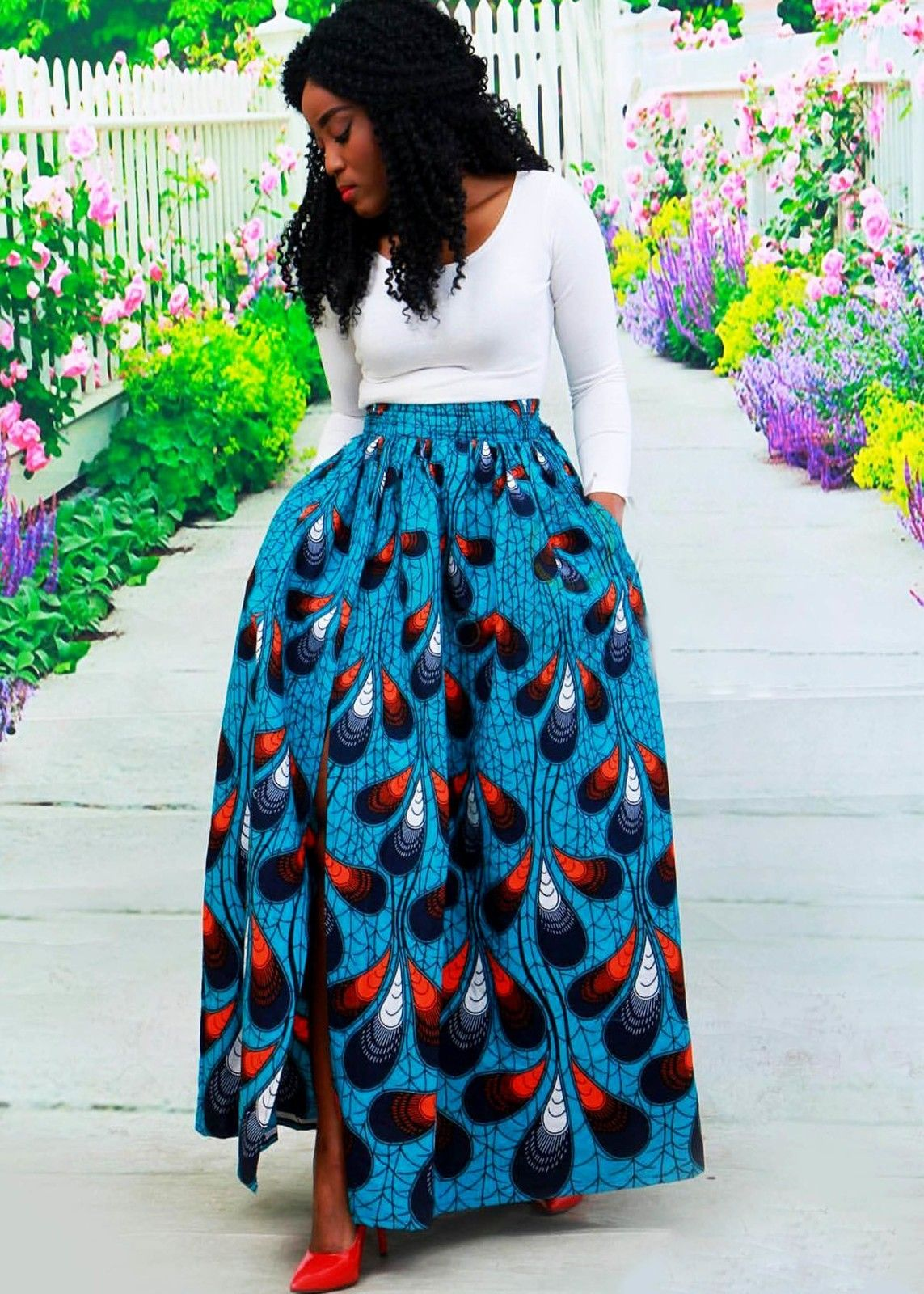372e7ffe5f5652 Cette magnifique jupe réalisée dans ce sublime pagne . Par sa ...