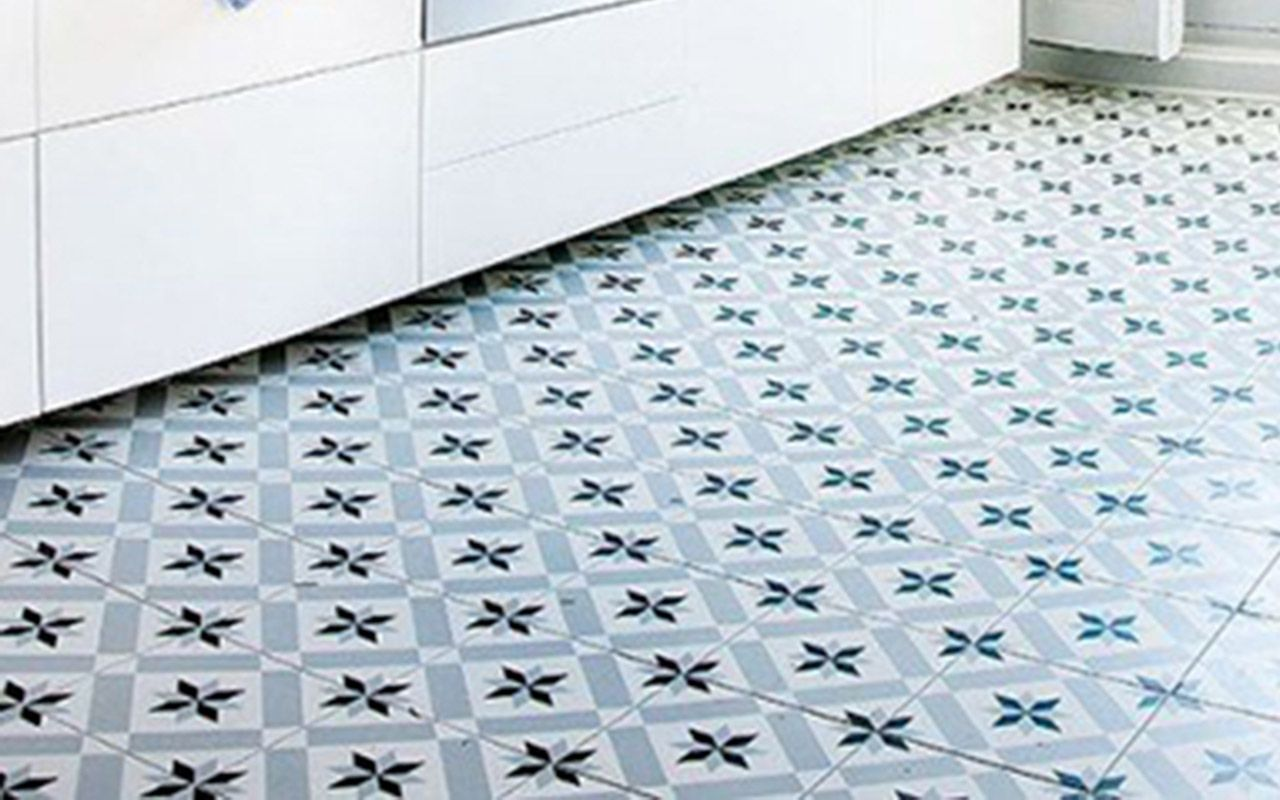 Get The Look of this kitchen floor using Granada Tile\'s Salamanca ...