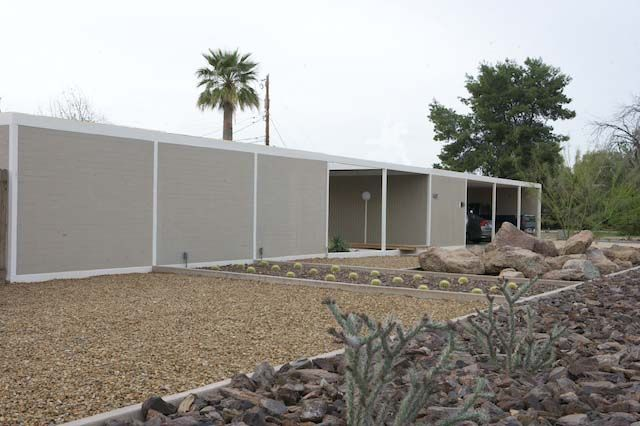 Triad Apartments in Phoenix ~ the only case study house built outside California ~ Al Beadle