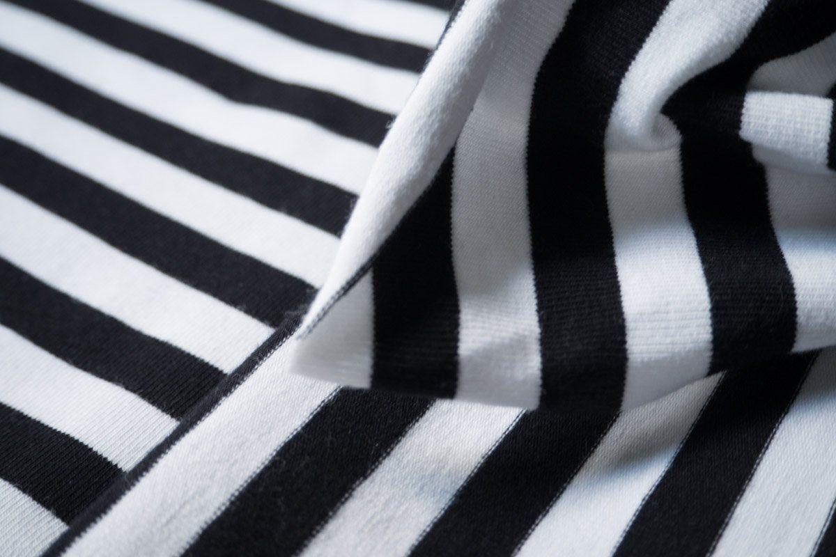 29++ Stoff schwarz weiss gestreift Sammlung