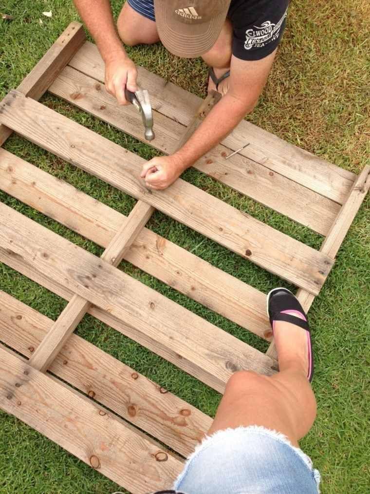 Fabriquer salon de jardin en palette de bois - tuto canapé et table - plan pour fabriquer un banc de jardin