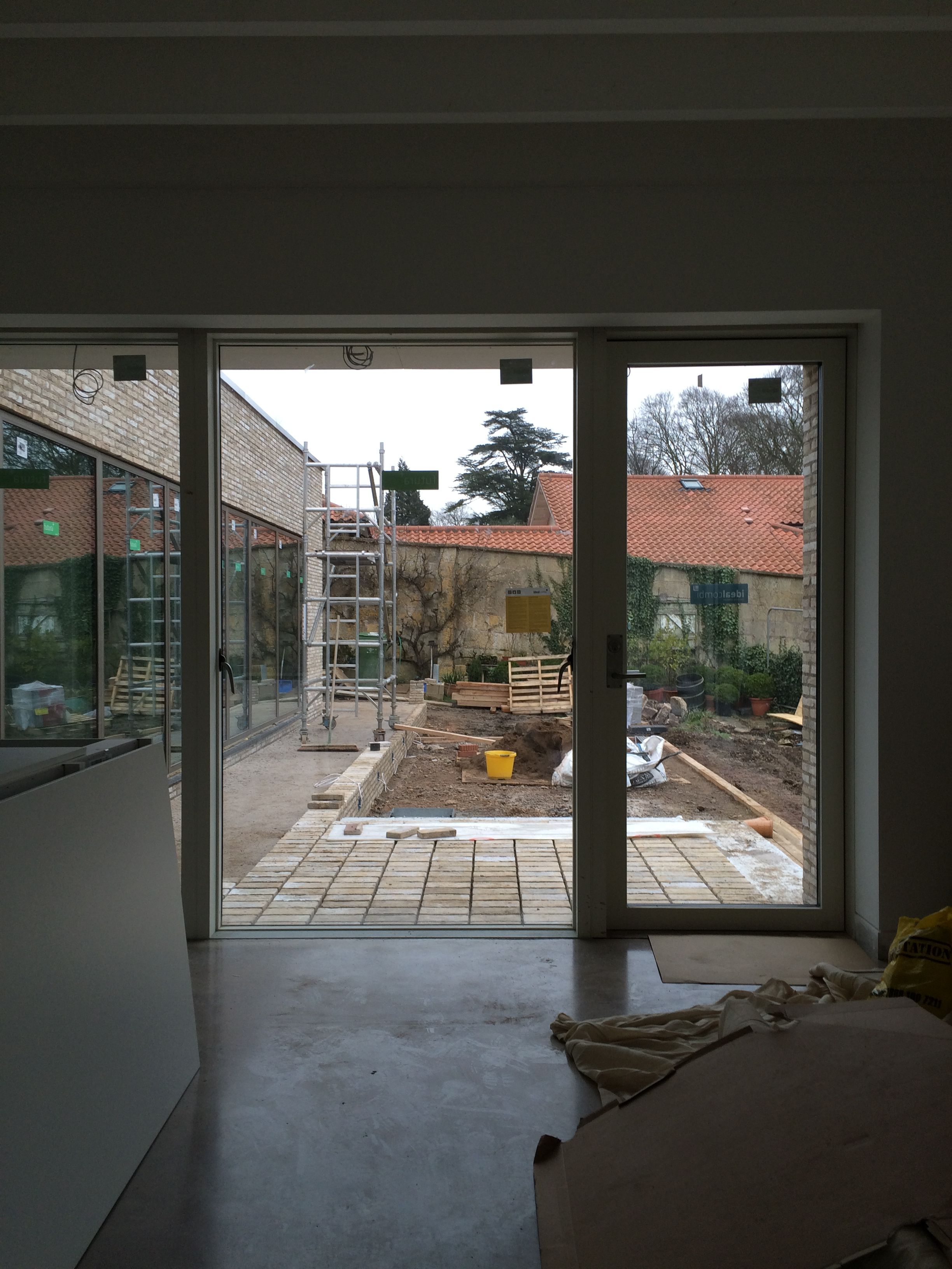Idealcombi Futura+ Low Threshold Sliding Doors Allowing Easy Access To The  Outside.