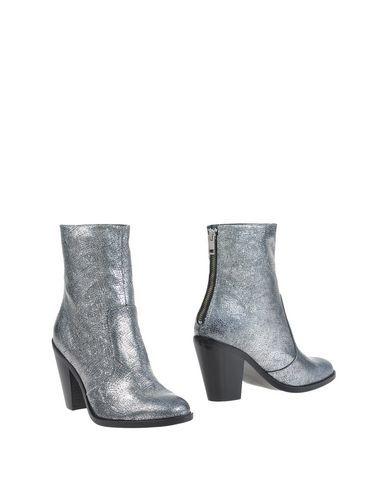 DIESEL Ankle Boot. #diesel #shoes #ankle boot