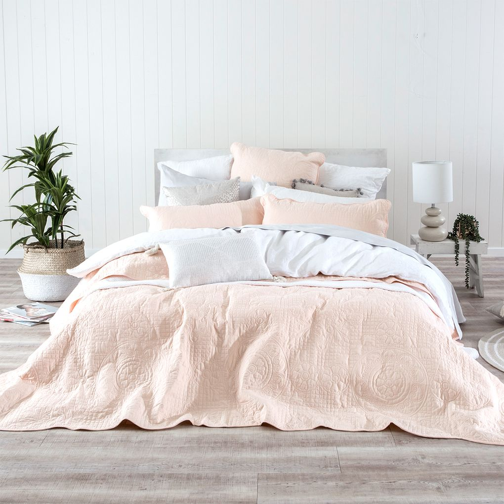 Louisa Light Pink Coverlet Set Bed Linens Luxury Bed Bedding Sets