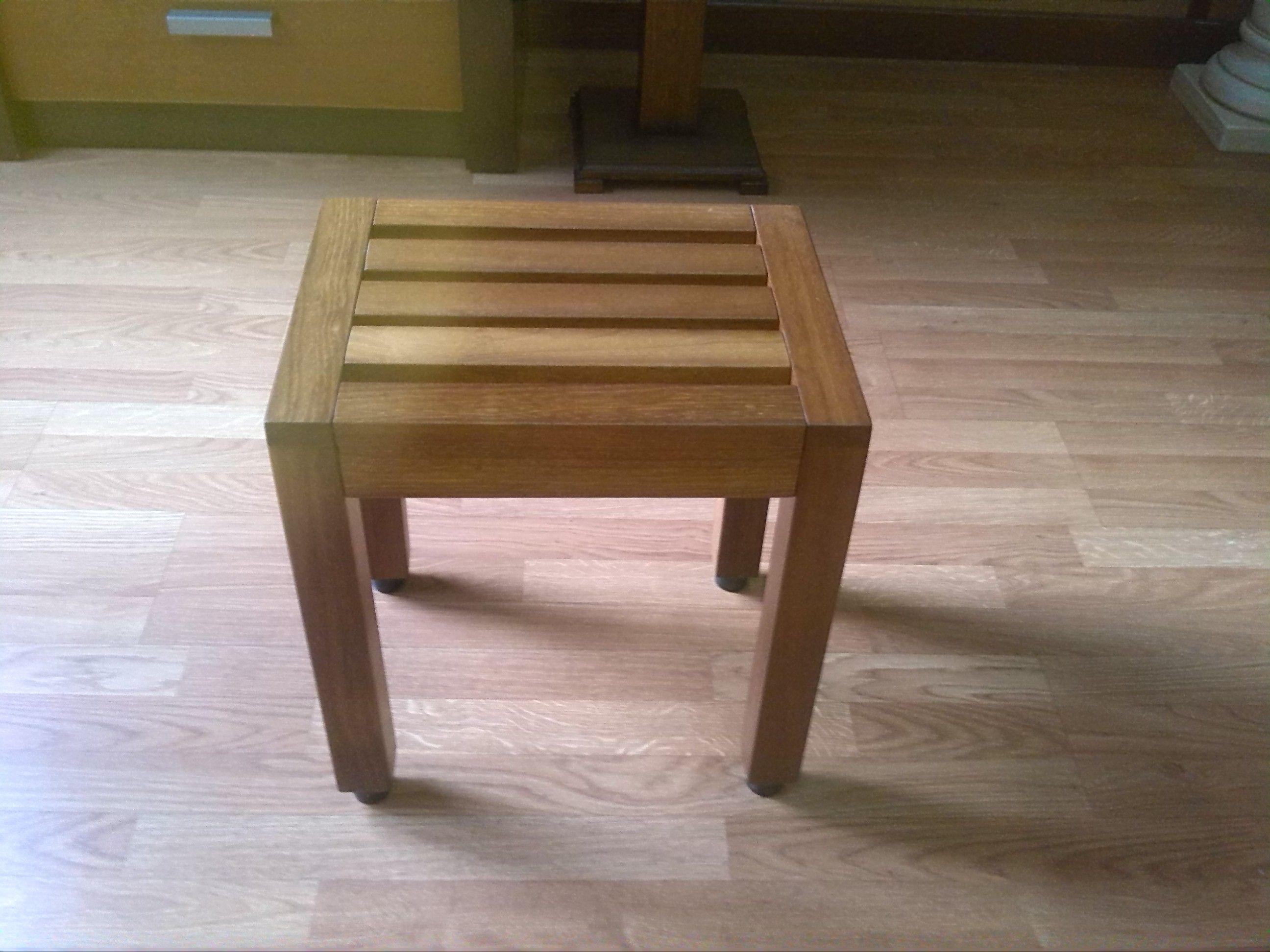 Lavabos ruiz banqueta para ducha modelo alcal asientos para ba o y ducha - Bancos de madera para banos ...