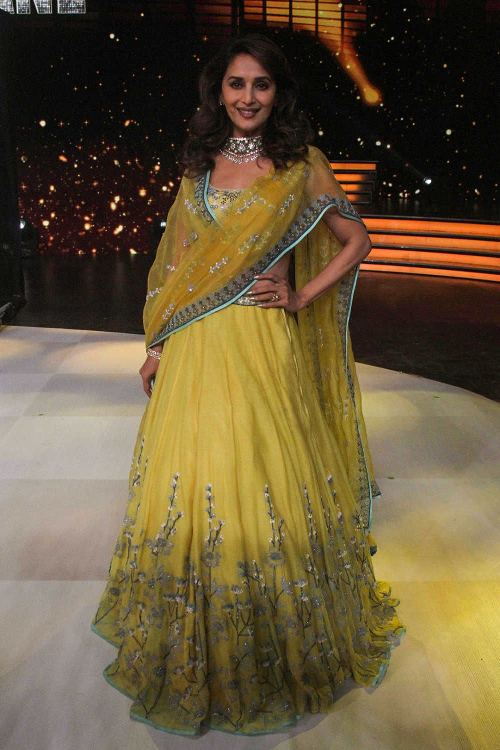 Judge Madhuri Dixit dressed up in the colours of sunshine