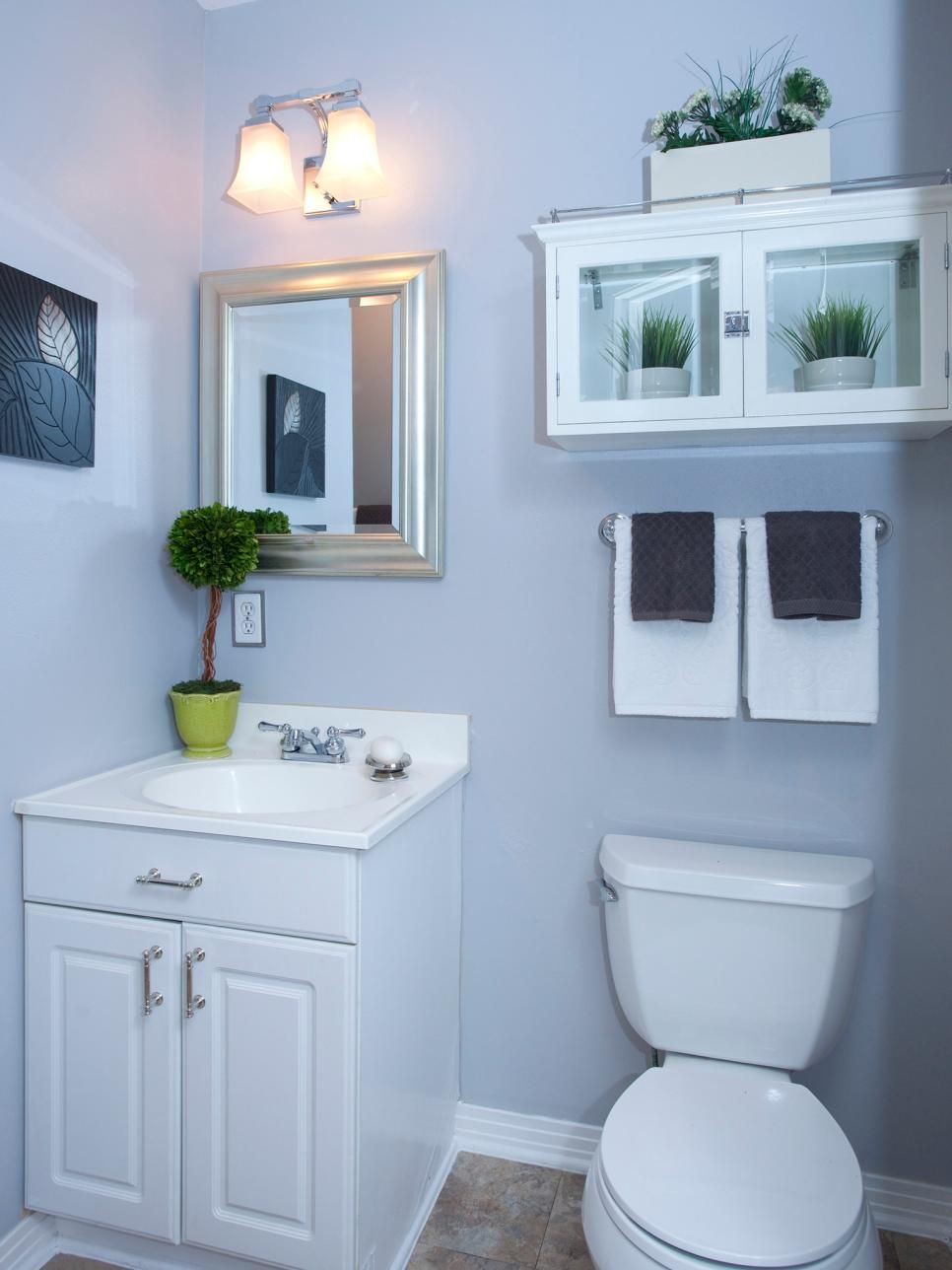 20 Small Bathroom Before And Afters Small Bathroom Redo Small Bathroom Makeover Budget Bathroom Remodel