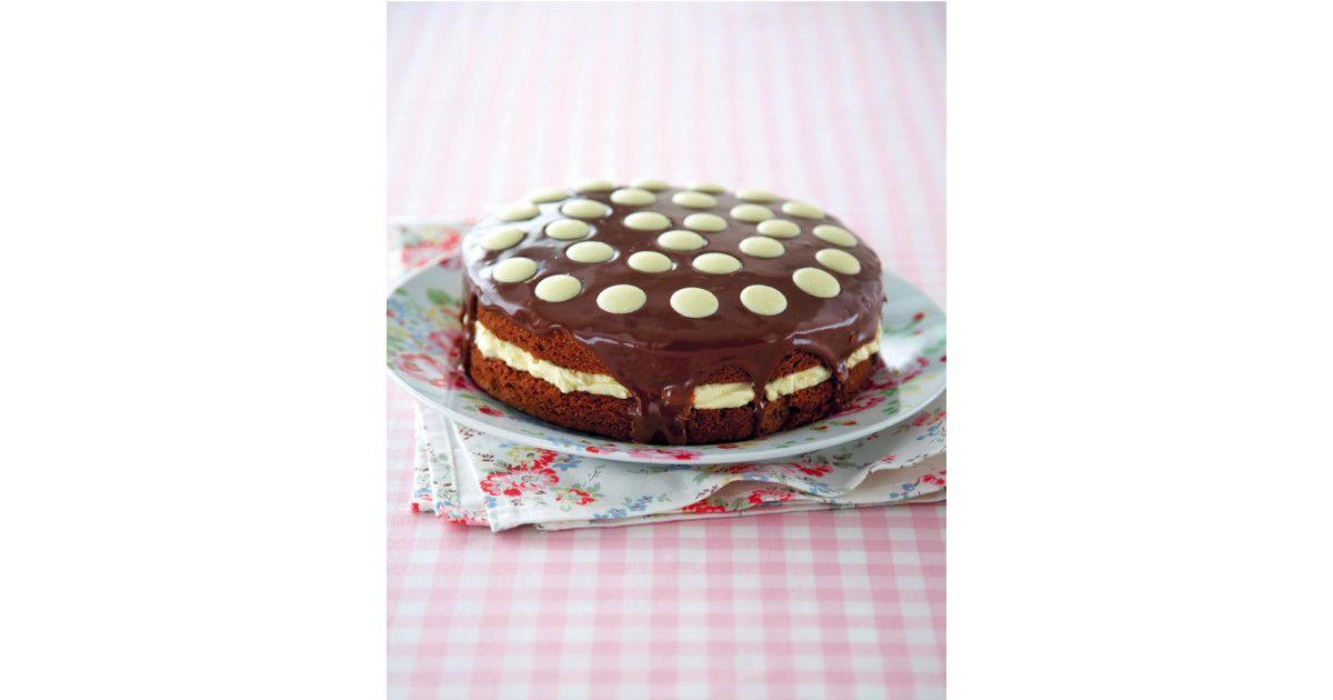 Easy triple chocolate cake easy triple chocolate cake