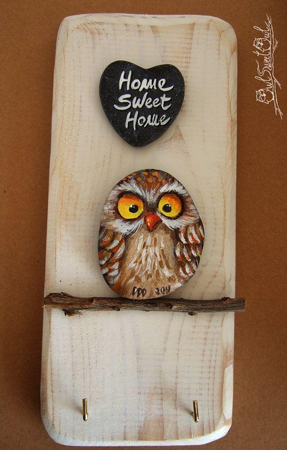 Unique Handpainted Owl Key Holder | Home Sweet Home Wall Key Holder #bemaltekieselsteine