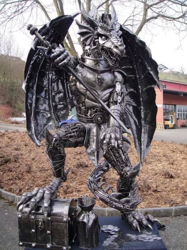Dragon made from recycled car parts mystical mythical for Metallfiguren rost