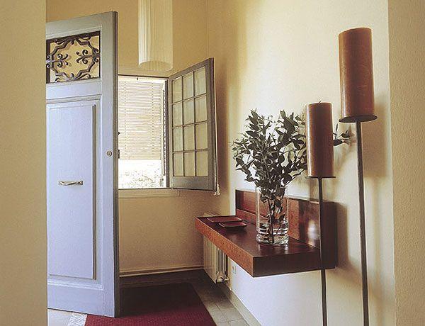 Pasillos y recibidores bien aprovechados recibidor for Colores pasillos interiores