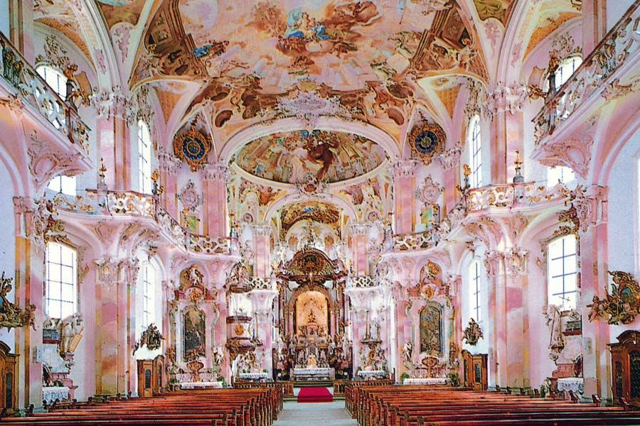 Rococo the ornate rococo decorations of birnau basilica for Architecture rococo