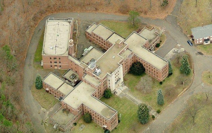 Resultado de imagem para Undercliff Sanatorium