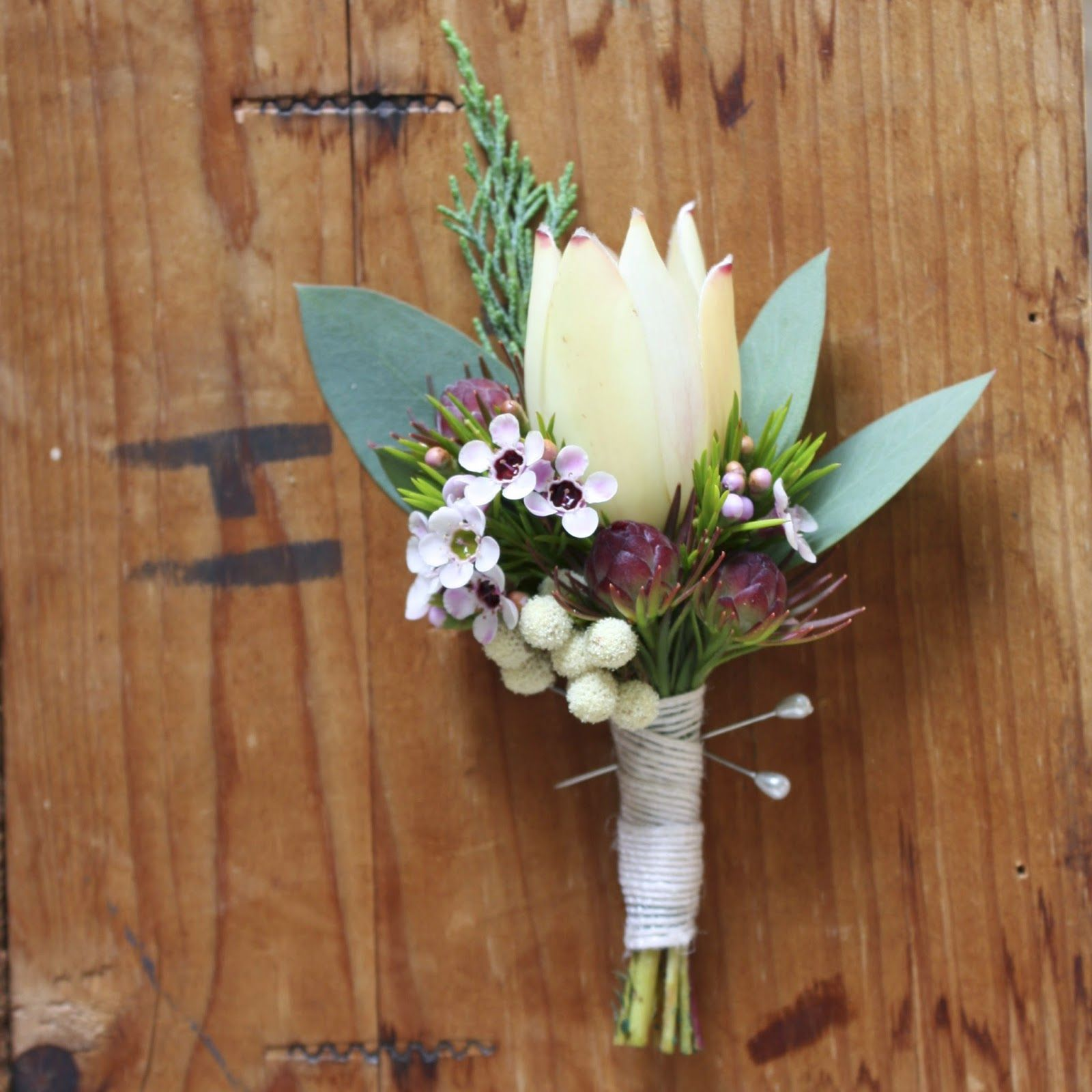 Wedding Flowers December: Boutonniere - Button Holes In 2019