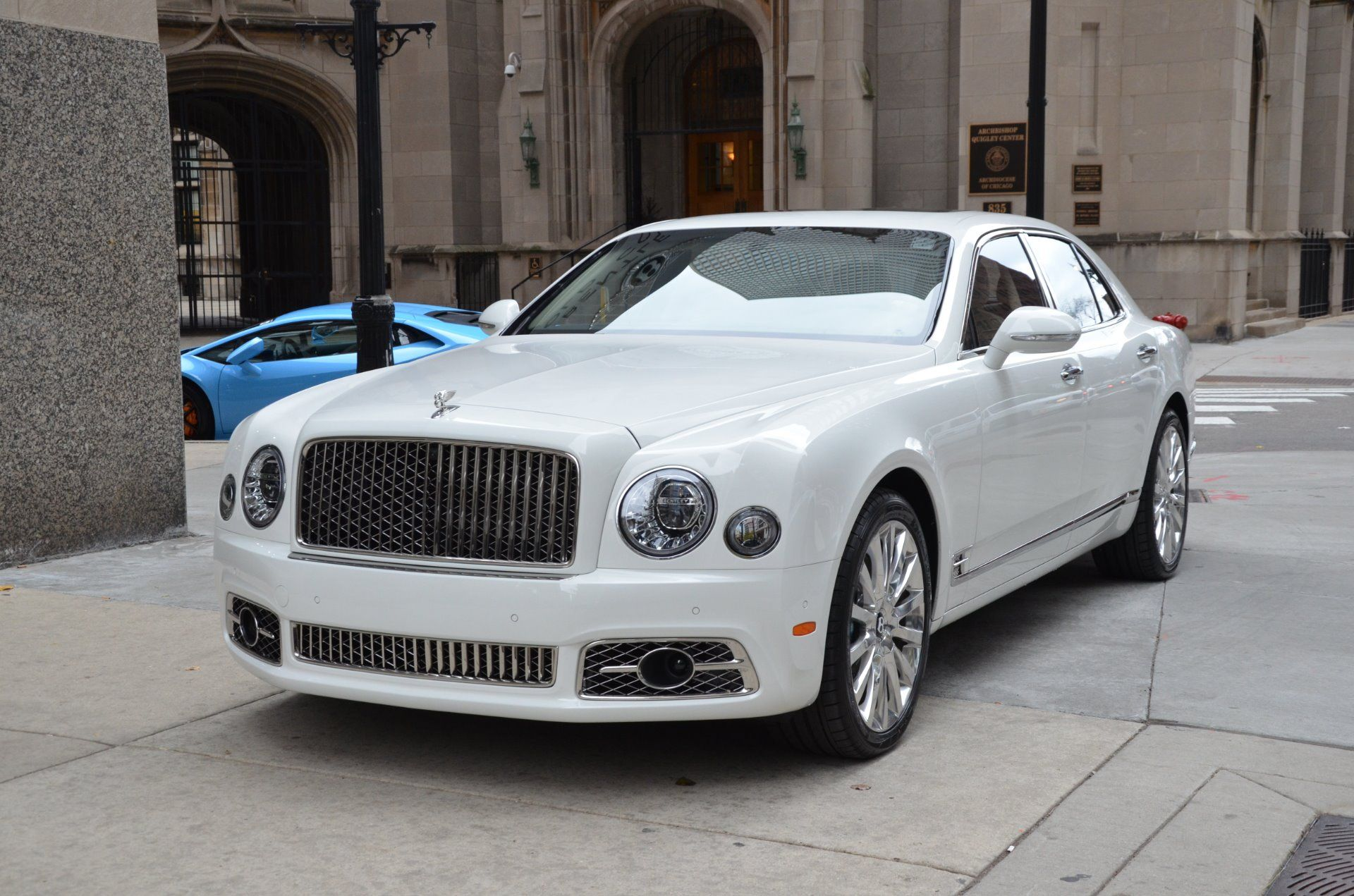 2017 Bentley Mulsanne I Love Bentleys Because They Are More Of A Clic And Comfy Car In Lot The Newer Cars You Dont Get That