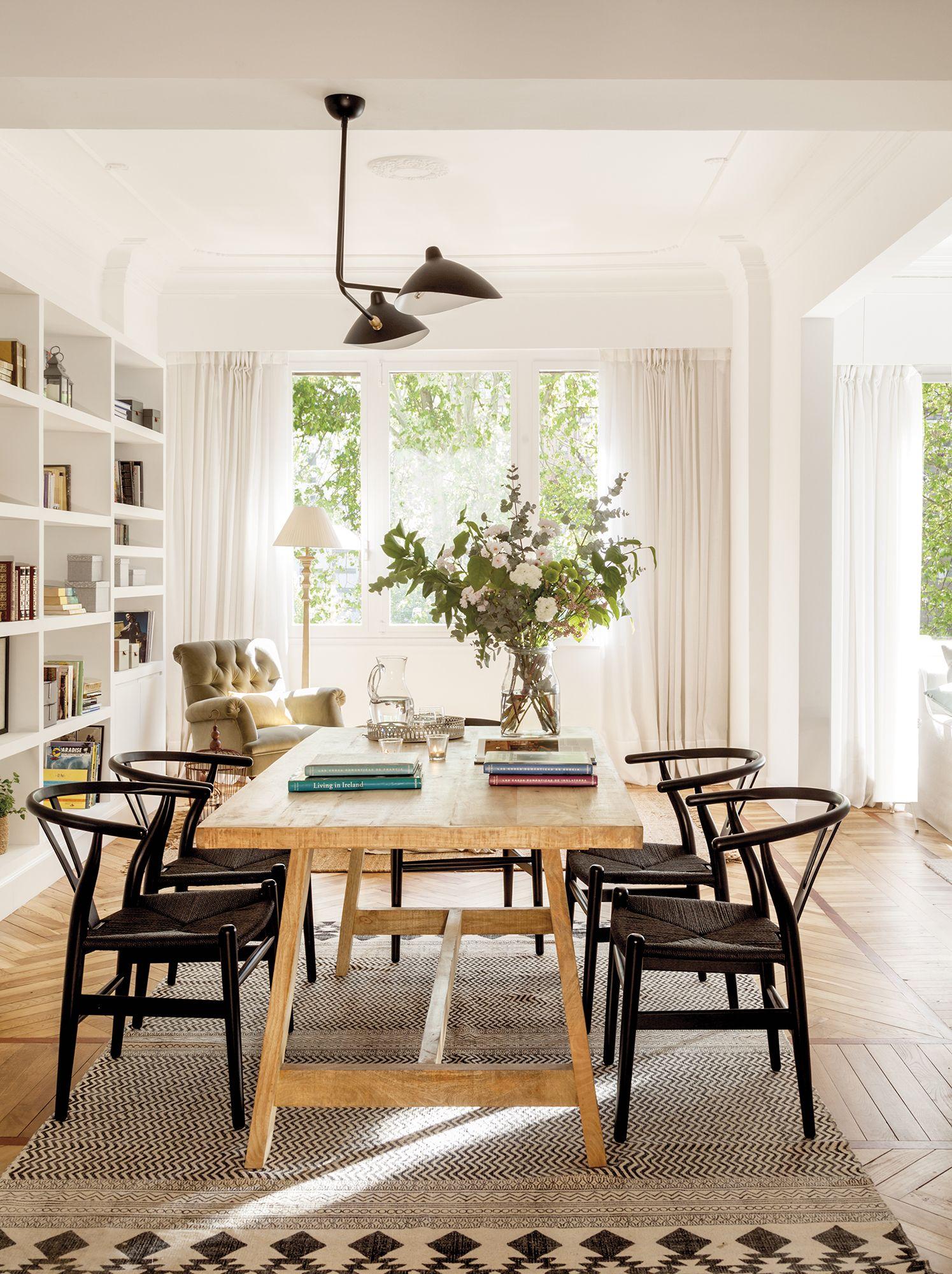 En el comedor la mesa es de maisons du monde y las sillas for Maison du monde lamparas de mesa