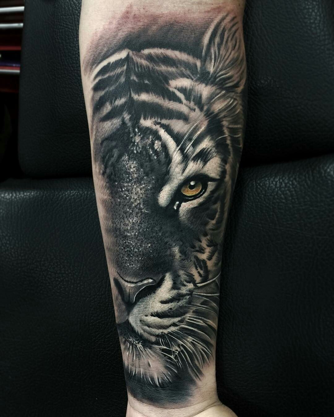 Tattoo Done By Oscartattoo Tigre Tigertattoo Tiger Tattoos Tiger Tattoo Animal Tattoo
