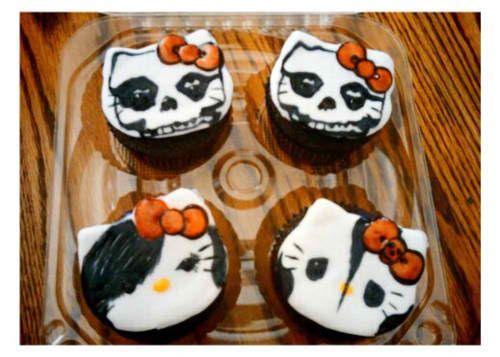 Hello Kitty skull Halloween cupcakes Hello Kitty Pinterest - hello kitty halloween decorations