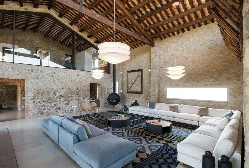 Elegante Casale A Girona Completamente Ristrutturato Dettagli Home Decor Ristrutturazione Cascine Fienili Ristrutturati Architettura Abitativa