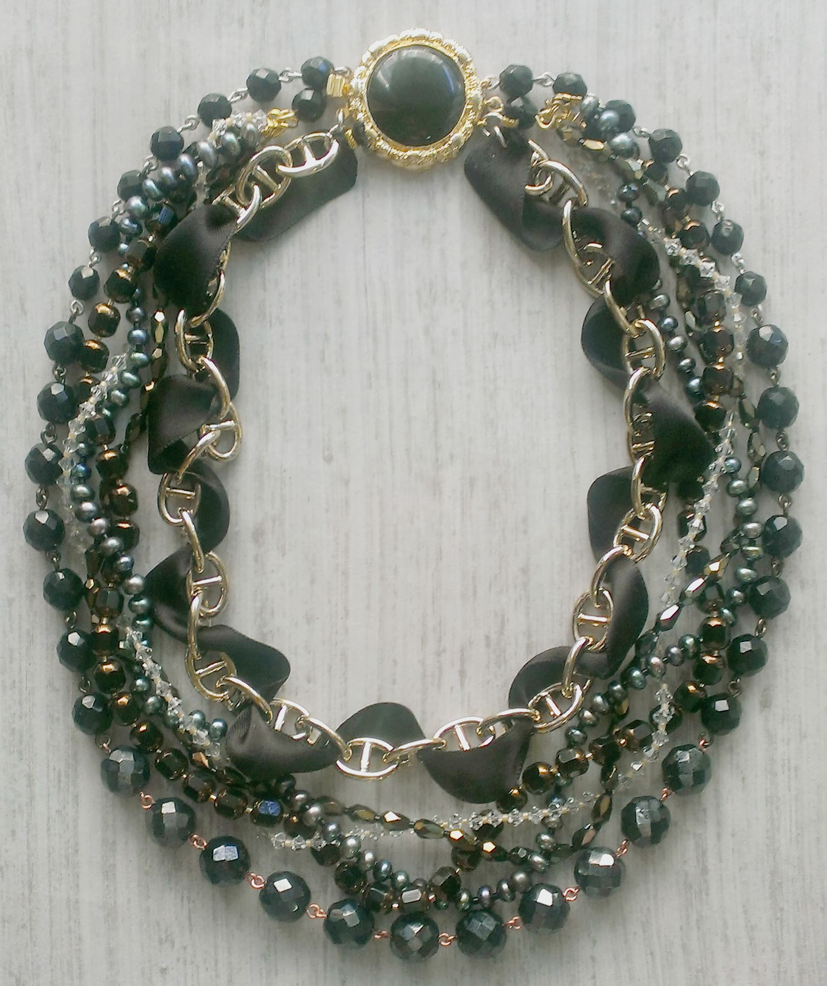 NEW black//gold rose with black//gold crystals//pearls