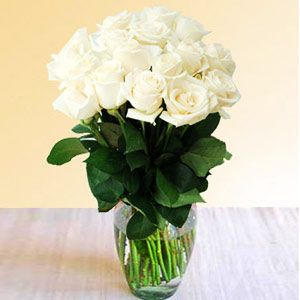 Pristine Whites!! http://www.pickupflowers.com/send-roses-to-philippines
