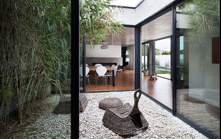 """Résultat de recherche d'images pour """"interieur maison d'architecte contemporaine""""   Maison avec ..."""